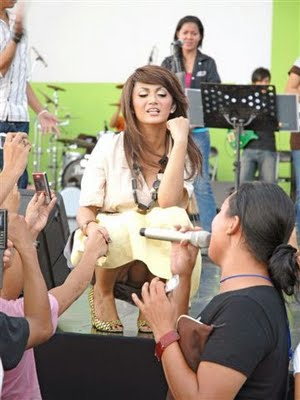 Foto Artis Indonesia on Kumpulan Foto Artis Indonesia Kelihatan Cd