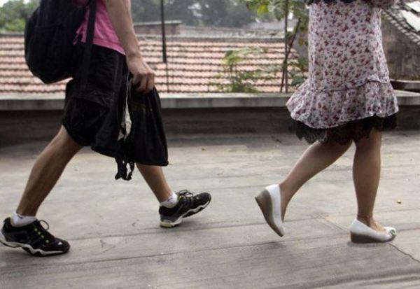 ! Modus Baru Mengintip Celana Dalam Wanita » intip celana dalam (1