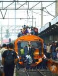 miris potret kereta api di indonesia (4)